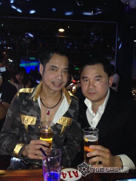 'Ong trum bau show' Qui Ngoc: 'Toi khong thich nghe si goi toi la bau show' - Anh 1