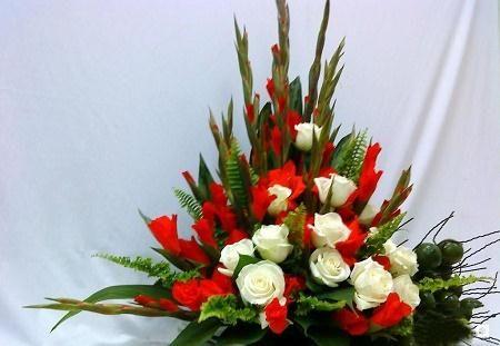 Cac kieu cam hoa dep ban nen biet - Anh 1