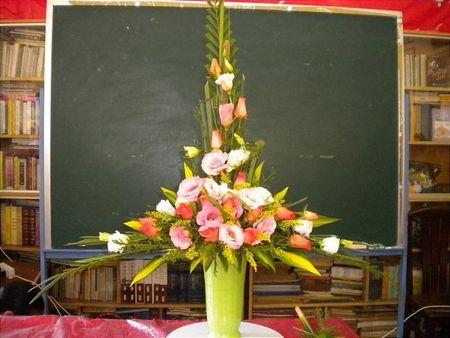 Cac kieu cam hoa dep ban nen biet - Anh 3
