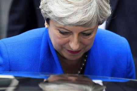 Anh - EU buoc vao cuoc dam phan Brexit kho khan - Anh 1