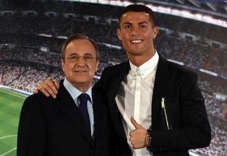 'Bo gia' Perez: Ronaldo muon den MU, cu viec - Anh 1