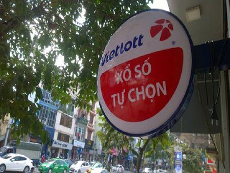 Chu tich Vietlott nhan luong 23,18 trieu dong - Anh 1
