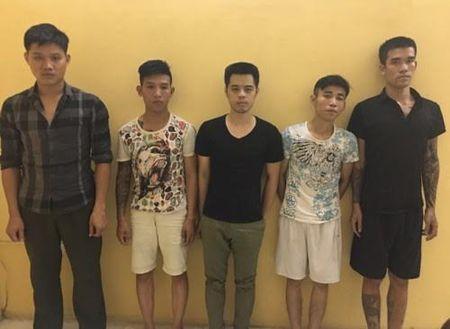 Bat 5 doi tuong co hanh vi doi no theo kieu xa hoi den - Anh 1