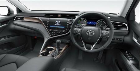 Toyota Camry 2018 gia tu 656 trieu dong o que huong Nhat Ban - Anh 3