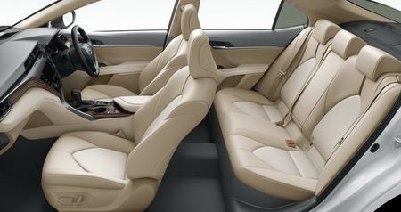 Toyota Camry 2018 gia tu 656 trieu dong o que huong Nhat Ban - Anh 4