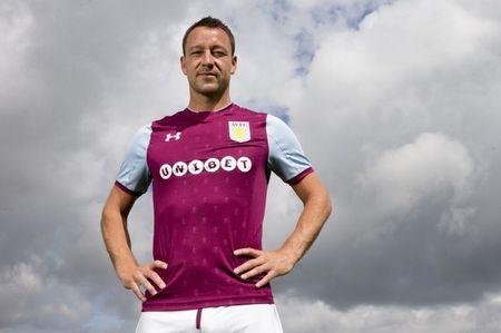 John Terry chinh thuc tro thanh doi truong Aston Villa - Anh 1