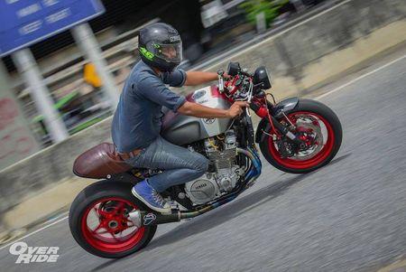 Moto Yamaha XJR1300 'lot xac' cafe racer sieu chat - Anh 12