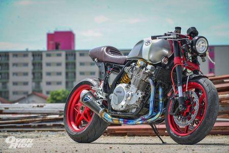 Moto Yamaha XJR1300 'lot xac' cafe racer sieu chat - Anh 1