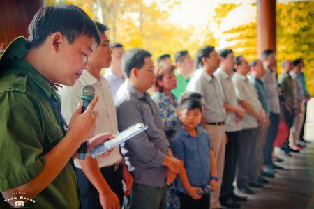 Xuc dong bo anh 'Tri an thang 7 mien Trung - Nhung chuyen di boi dap tam hon' - Anh 18