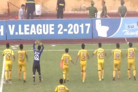 Nam Dinh chinh thuc tro lai V-League - Anh 2