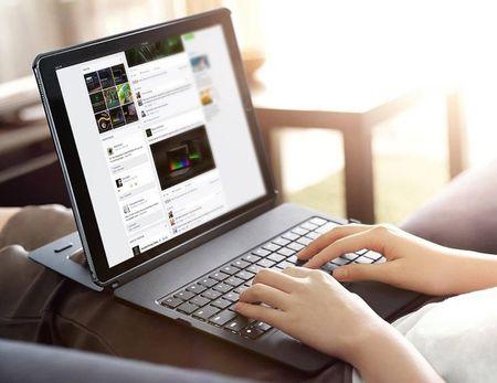 Da den thoi may tinh bang thay the laptop? - Anh 1