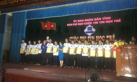 Cuoc thi Tin hoc tre tinh Quang Tri lan thu 19 - Anh 2