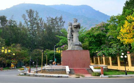 Quy hoach tong the Khu du lich quoc gia Nui Ba Den - Anh 1