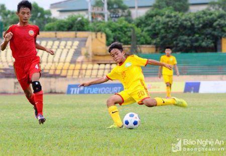 Truc tiep ban ket U13 quoc gia SLNA gap Hoang Anh Gia Lai - Anh 1