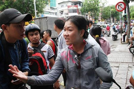Nan nhan vu oto tong lien hoan o Sai Gon: 'Toi nghi minh bi tan phe…' - Anh 2