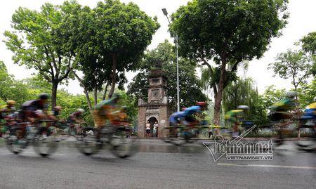 Doi dua TP Ho Chi Minh thang lon chang 1 - Anh 4
