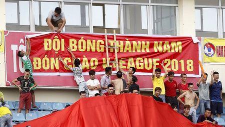 Danh bai hau due The Cong, Nam Dinh tro lai V-League sau 7 nam - Anh 1