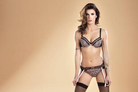 Elisabetta Canalis - sieu mau duoc ca Serie A them khat - Anh 6