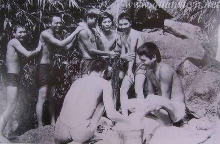Toan canh mat tran bien gioi Vi Xuyen 1984-1989 - Anh 1
