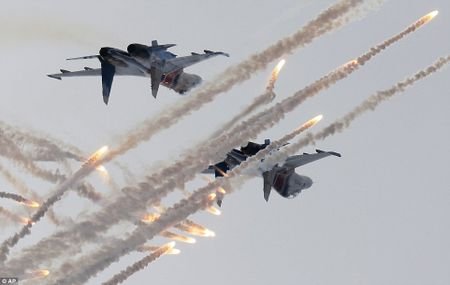 Nga manh moi buoc My-NATO phai ton trong - Anh 1