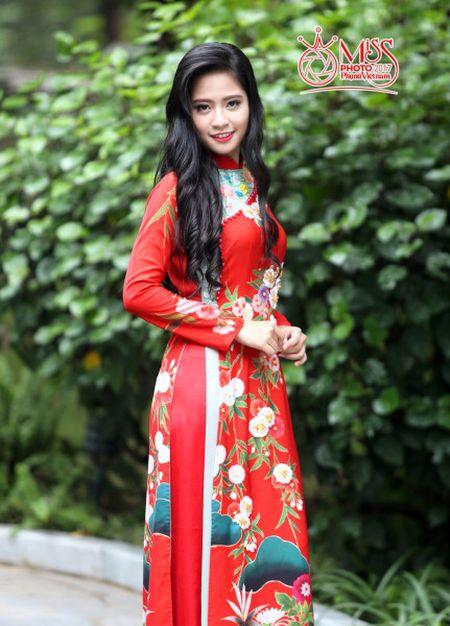 Dung Nguyen muon mang ao dai Tulip ra the gioi - Anh 2
