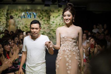 Bich cua 'Mua bong may' chia se ve su vang mat tren truyen hinh - Anh 14