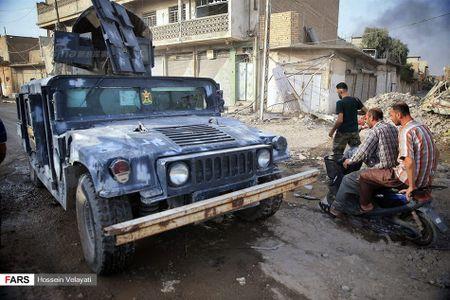 Luc luong canh sat Iraq o Mosul sau ngay giai phong - Anh 3