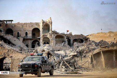 Luc luong canh sat Iraq o Mosul sau ngay giai phong - Anh 7