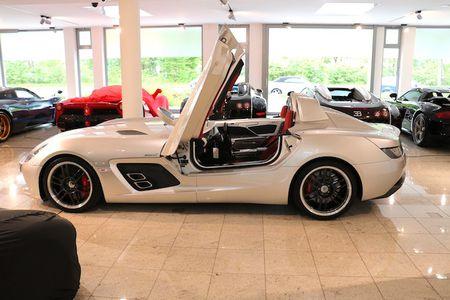 Sieu xe mui tran Mercedes SLR 'sieu doc' gia 68 ty - Anh 7