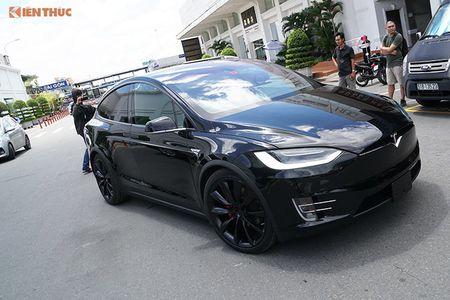 Chi tiet xe dien Tesla Model X P100D hon 8 ty tai SG - Anh 1