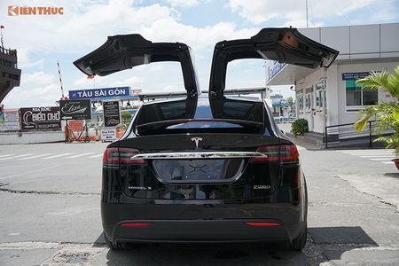 Chi tiet xe dien Tesla Model X P100D hon 8 ty tai SG - Anh 5