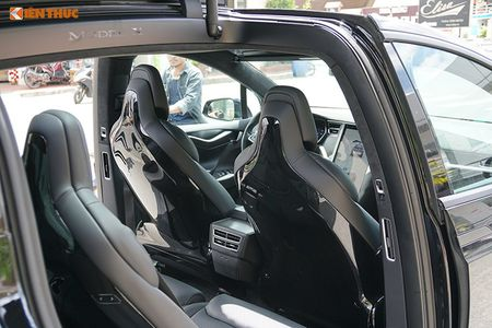 Chi tiet xe dien Tesla Model X P100D hon 8 ty tai SG - Anh 9