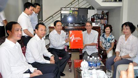 Chu tich Uy ban Trung uong MTTQVN tham gia dinh chinh sach tai Da Nang - Anh 1