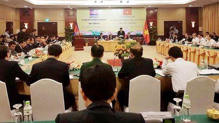 Trao doi kinh nghiem cong tac ton giao Viet Nam – Campuchia - Anh 1