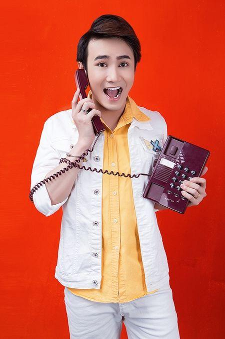 Huynh Lap livestream tu van chuyen rot dai hoc, yeu dong tinh - Anh 1