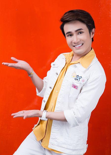 Huynh Lap livestream tu van chuyen rot dai hoc, yeu dong tinh - Anh 2