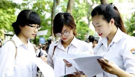 Ngo ngang voi so luong hoc sinh Ha Noi co co hoi do dai hoc - Anh 1