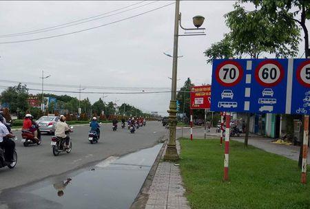Cong an Can Tho dua bang chung xe cho tuong Liem qua toc do - Anh 1