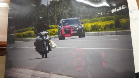 Cong an Can Tho dua bang chung xe cho tuong Liem qua toc do - Anh 2