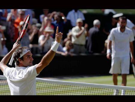 Thien tai Roger Federer, don gian anh la 'ong hoang bong ni' the gioi - Anh 4