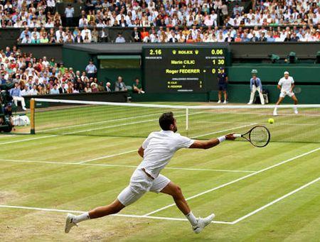 Thien tai Roger Federer, don gian anh la 'ong hoang bong ni' the gioi - Anh 6