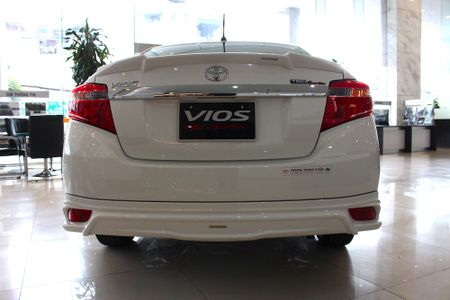 Can canh Toyota Vios TRD phong cach the thao - Anh 11