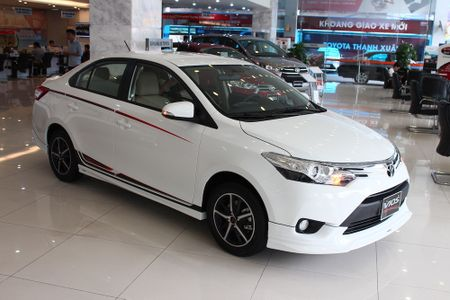 Can canh Toyota Vios TRD phong cach the thao - Anh 27