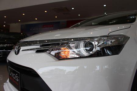Can canh Toyota Vios TRD phong cach the thao - Anh 3