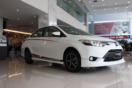 Can canh Toyota Vios TRD phong cach the thao - Anh 5