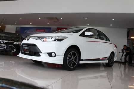 Can canh Toyota Vios TRD phong cach the thao - Anh 7