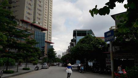 Canh 'nha giau cung khoc' tai cac khu do thi kieu mau o Ha Noi - Anh 5