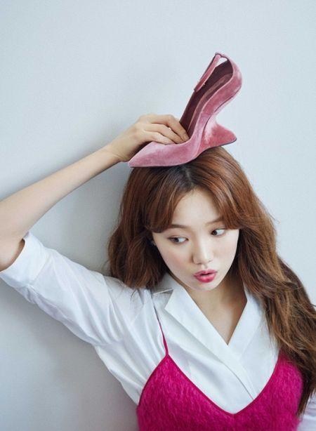 Lee Sung Kyung oi cu toc dai gon nhe, bieu cam dang yeu the nay thoi cung du don guc hang trieu trai tim roi - Anh 5