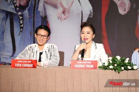 Soobin Hoang Son, Huong Tram ngau hung hat dan ca 'ngot nhu mia lui' tai hop bao The Voice Kids 2017 - Anh 1