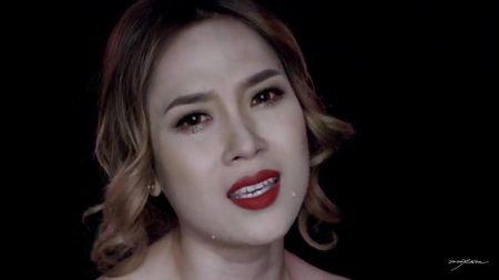 My Tam khoc rong trong MV 'Dau chi rieng em' khien fan xot xa - Anh 1